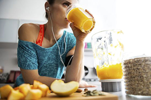 Smoothie iz sadja in grahovih proteinov
